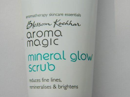 Aroma Magic Mineral Glow Scrub Review