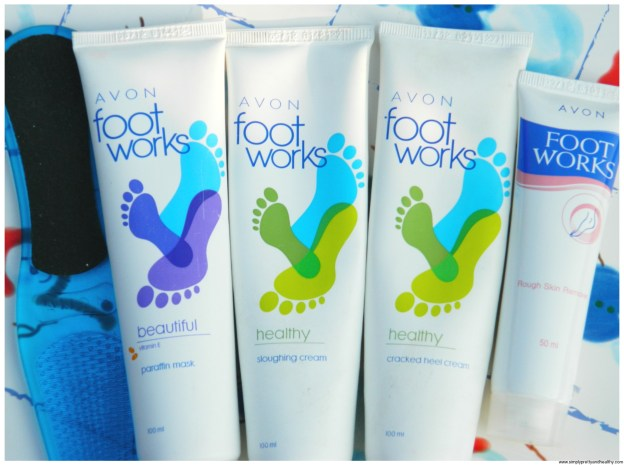 How To Do Pedicure with Avon Foot Works