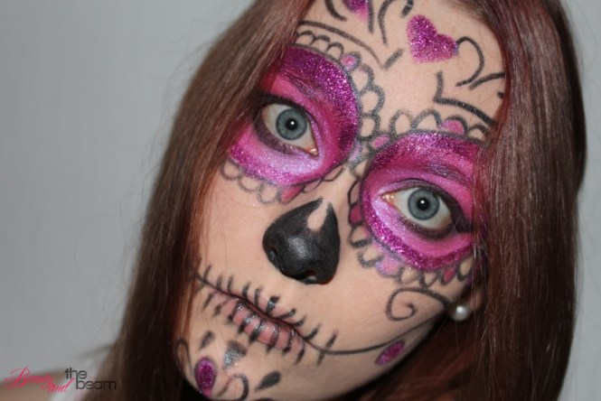halloween-make-up_pink-supgar-skull-3