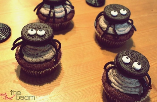 [Rezept] Spinnen-Oreo Cupcakes | Beauty and the beam