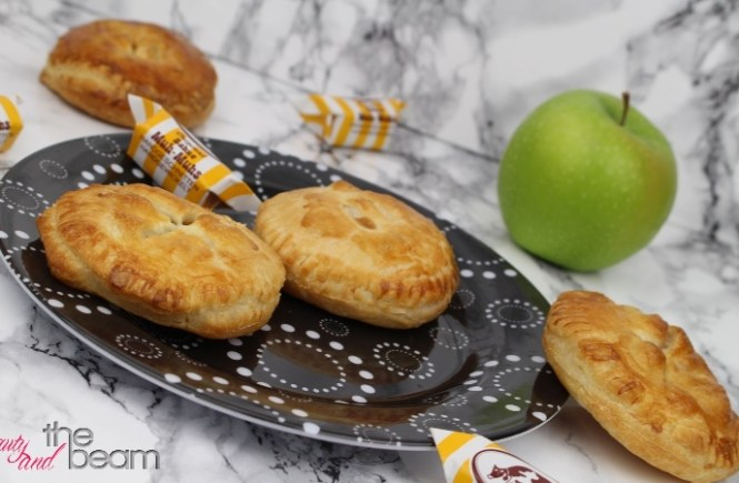[Rezept] Mini (Caramel) Apple Pies (Blogparade) | Beauty and the beam