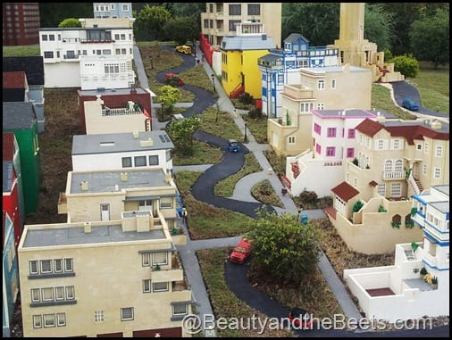 SF Crooked Street Legoland
