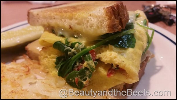 Spinach, Roasted Red Pepper & Cheese Griddle Melt