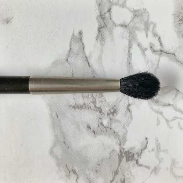 There are 3 main eye shadow brushes that I would recommend when starting out. A brush for the lid, a fluffy crease brush for blending and a stiffer crease brush for a more precise deposit of color. If you are a true beginner and you HAD to pick 2 of the 3, you can probably do without the stiffer crease brush. But in my arsenal it's a necessity. :) Here are the ones I recommend and what they do: