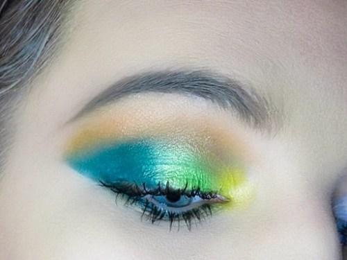 Beauty Bay EYN Bright 42 Colour Palette