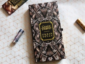 Urban Decay Game of Thrones Eyeshadow Palette Review