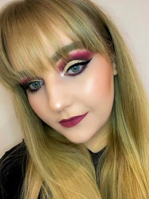 Glam Valentine's Day Makeup Look