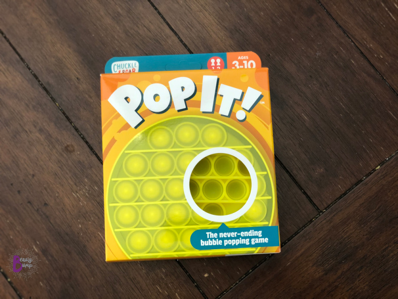 The durable silicone bubbles make for never-ending bubble popping fun but without the waste and noise. Once you pop one side, flip it over to pop the other! Toddlers can play with it for sensory fun, as the toy keeps their tiny fingers and hands busy.