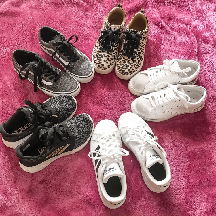 Spring Sneakers + 40% off site-wide promo code to stock up! #springsneakers #spring #sneakers #whitesneakers #springstyle #springfashion #shoes #springshoes #sale #springsale #dupes #affordablefashion #affordableshoes #goldengoosedupes