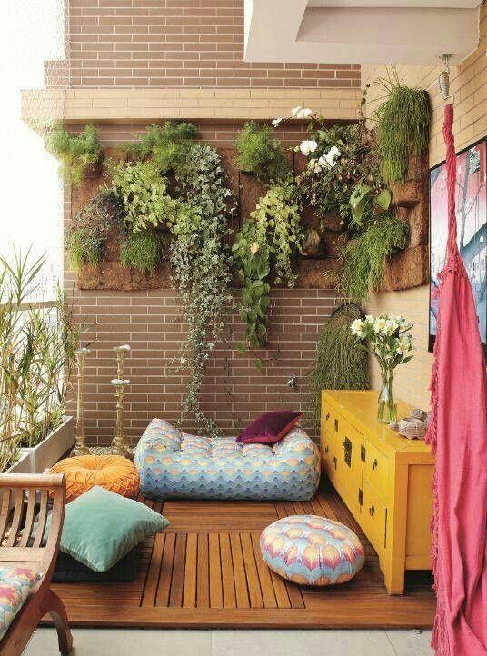 small-urban-garden