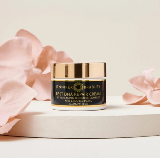 DNA repair cream with crushed pearl to boost radiance and fight aging