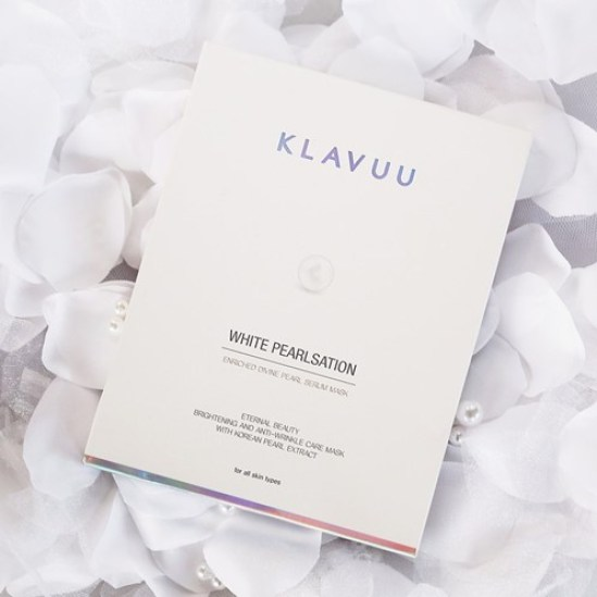 Pearl powder and extract in this Klavuu White Pearlsation mask