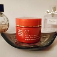 Arbonne RE9 Night Repair Creme