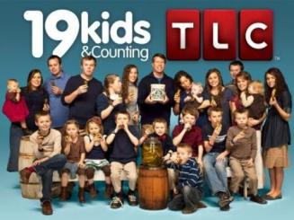 19-kids-and-counting-cast-pic