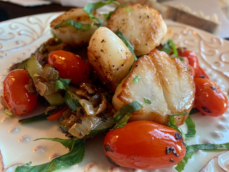 Pan seared Sea Scallops with Italian veggies by BeautyBeyondBones #dinner #glutenfree #paleo #keto #specificcarbohydtratediet #scd #healthyfood #food #edrecovery