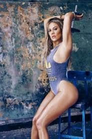 3-khloe-kardashian-for-complex-magazine