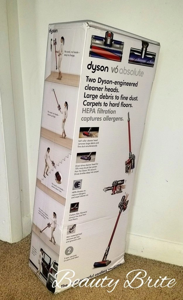 The biggest little cordless vacuum for your space