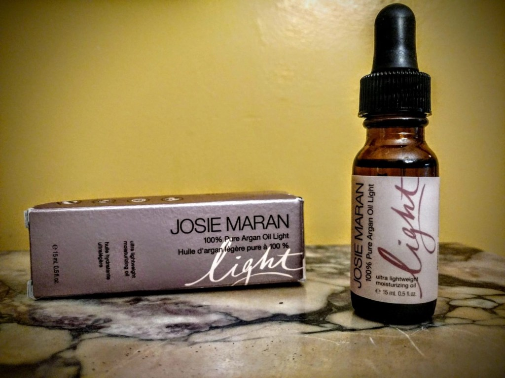 A Beauty Oil For Beginners - Josie Maran Argan Oil Light