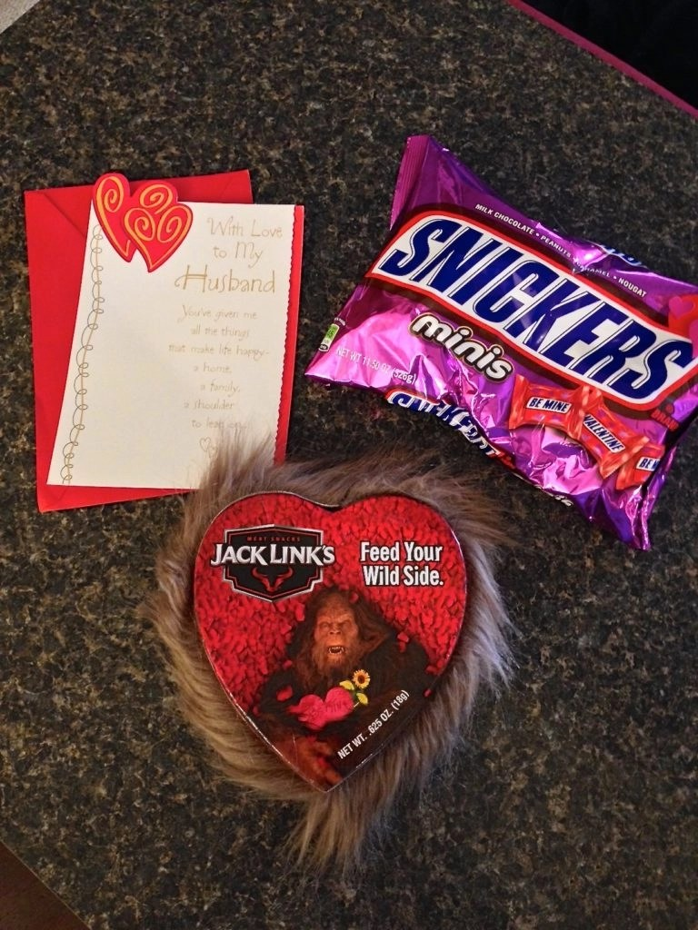 Husband Valentines Day 2017-Snickers-Jack Links Beef Jerky