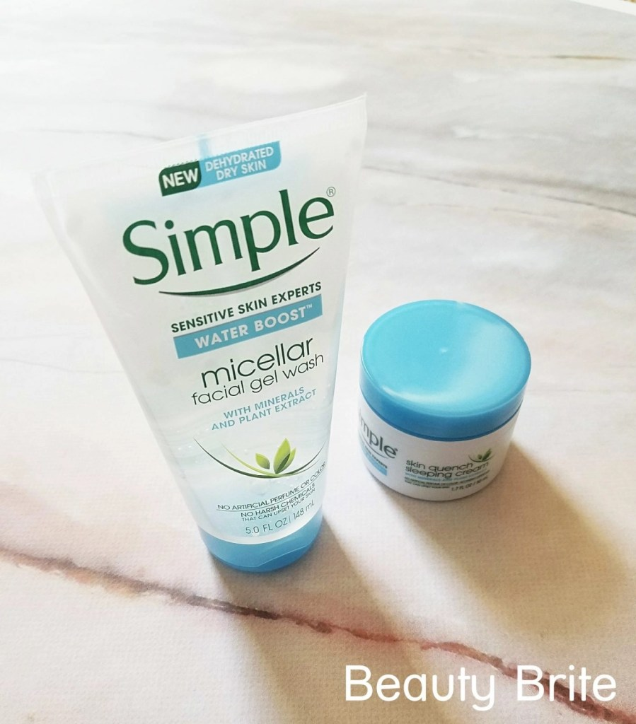 Simple Skin Water Boost uplcose