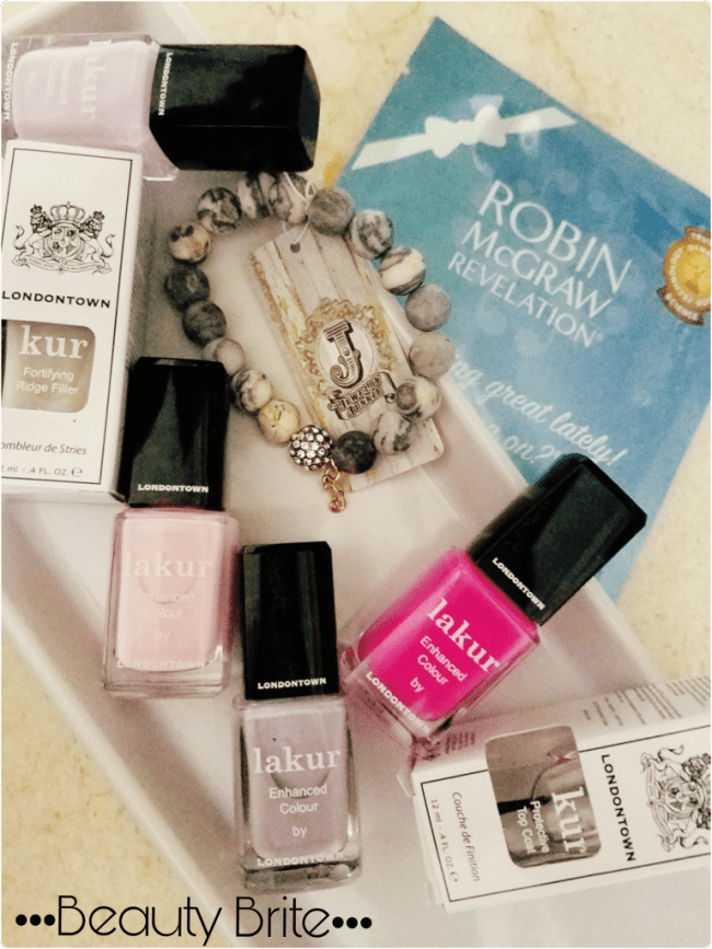 Must-Haves For An Easy Weekend Getaway Look-Jewelry Junkie-Londontown lakur Nail Color-Robin McGraw's Revelation Skin Care