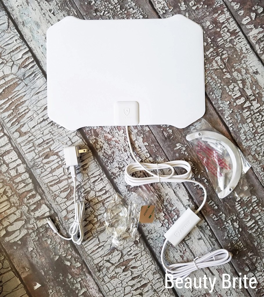 Paper Thin AT-133B Indoor HDTV Antenna