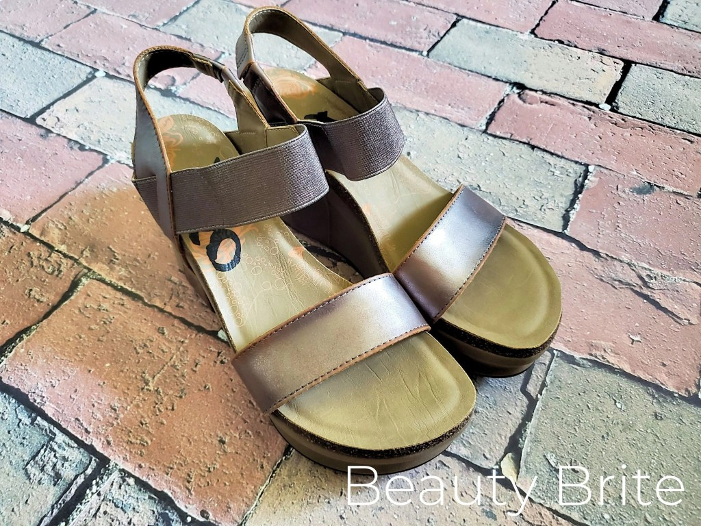 Bushnell Wedge Sandals