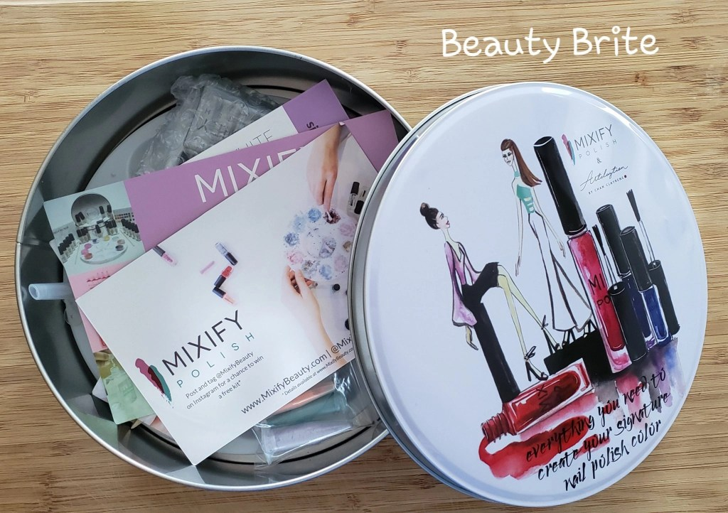 Nail Polish Kit that Embraces Your Inner DIY Inside Tin