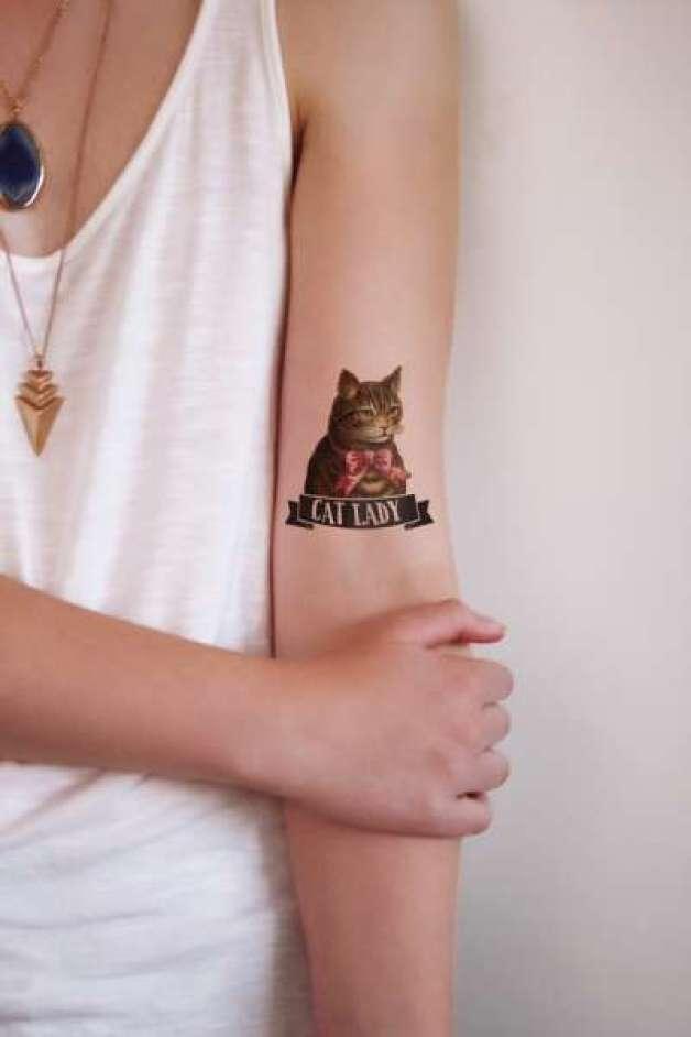 Cat lady tatoeage