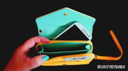 Crown wallet case