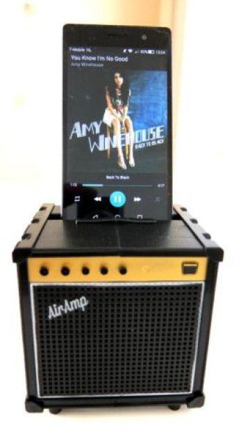AIR AMP SMARTPHONE SPEAKER met smartphone