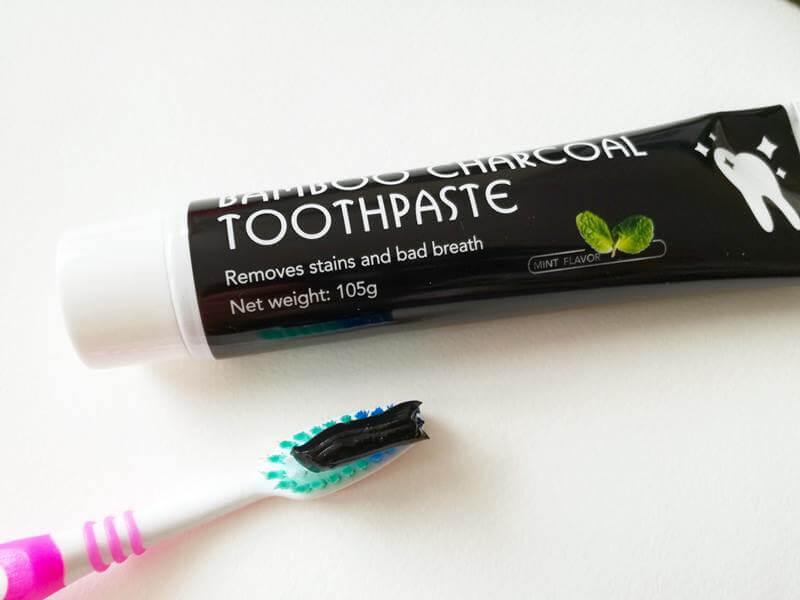 charcoal whitening tandpasta