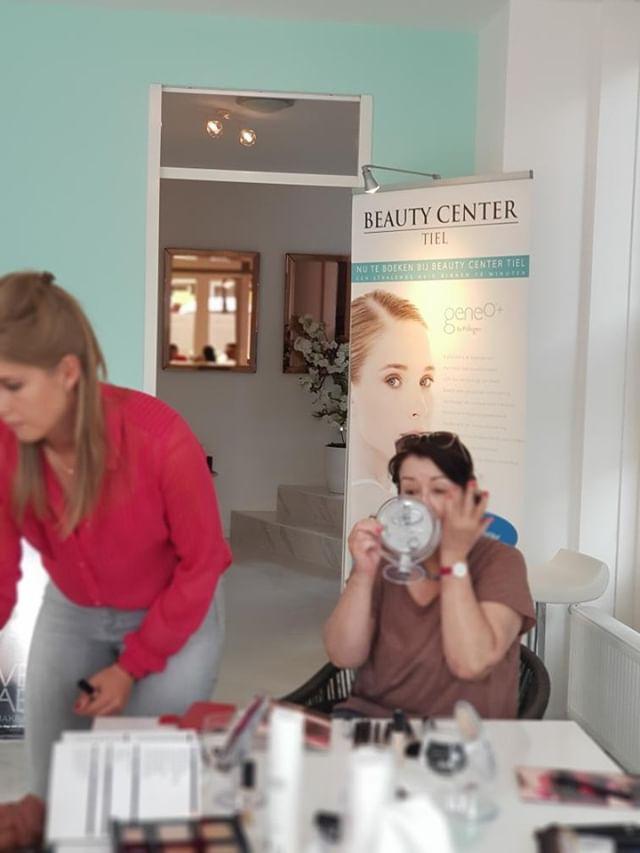 Make-up Workshop bij Beauty Center Tiel- Met Handige Make-up Tips! 21 workshop Make-up Workshop bij Beauty Center Tiel- Met Handige Make-up Tips!