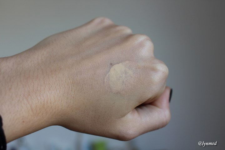 Double wear nude fresh swatch