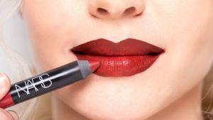 gallery-1429118555-mcx-lips-3