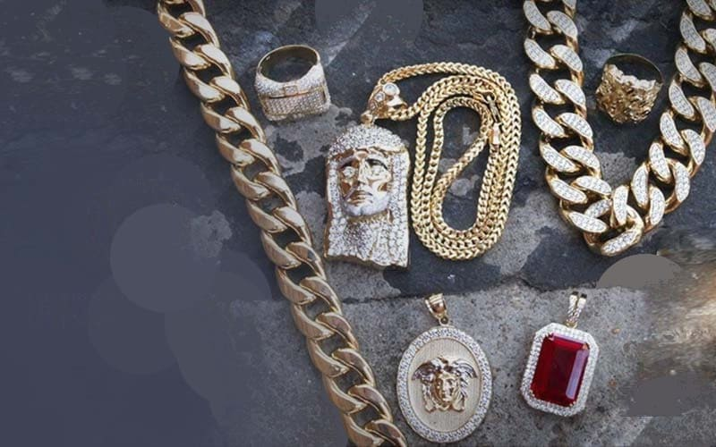 3 Timeless Jewelry Gift Ideas for Men