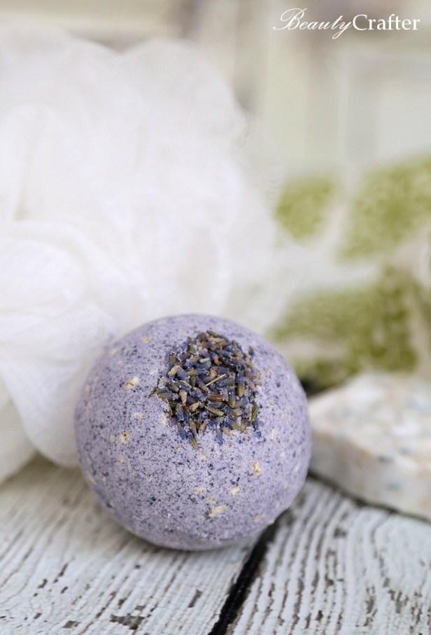 Oatmeal Lavender Bath Bomb Recipe
