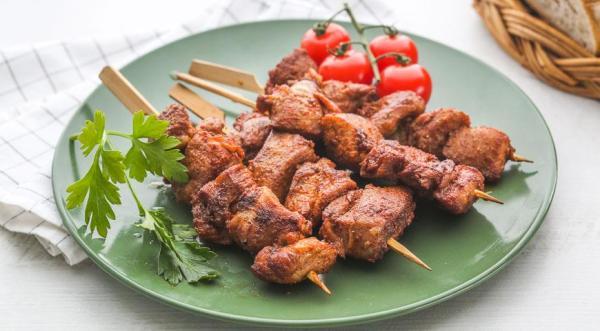 Шашлык из индейки с овощами - пошаговый рецепт блюда с фото