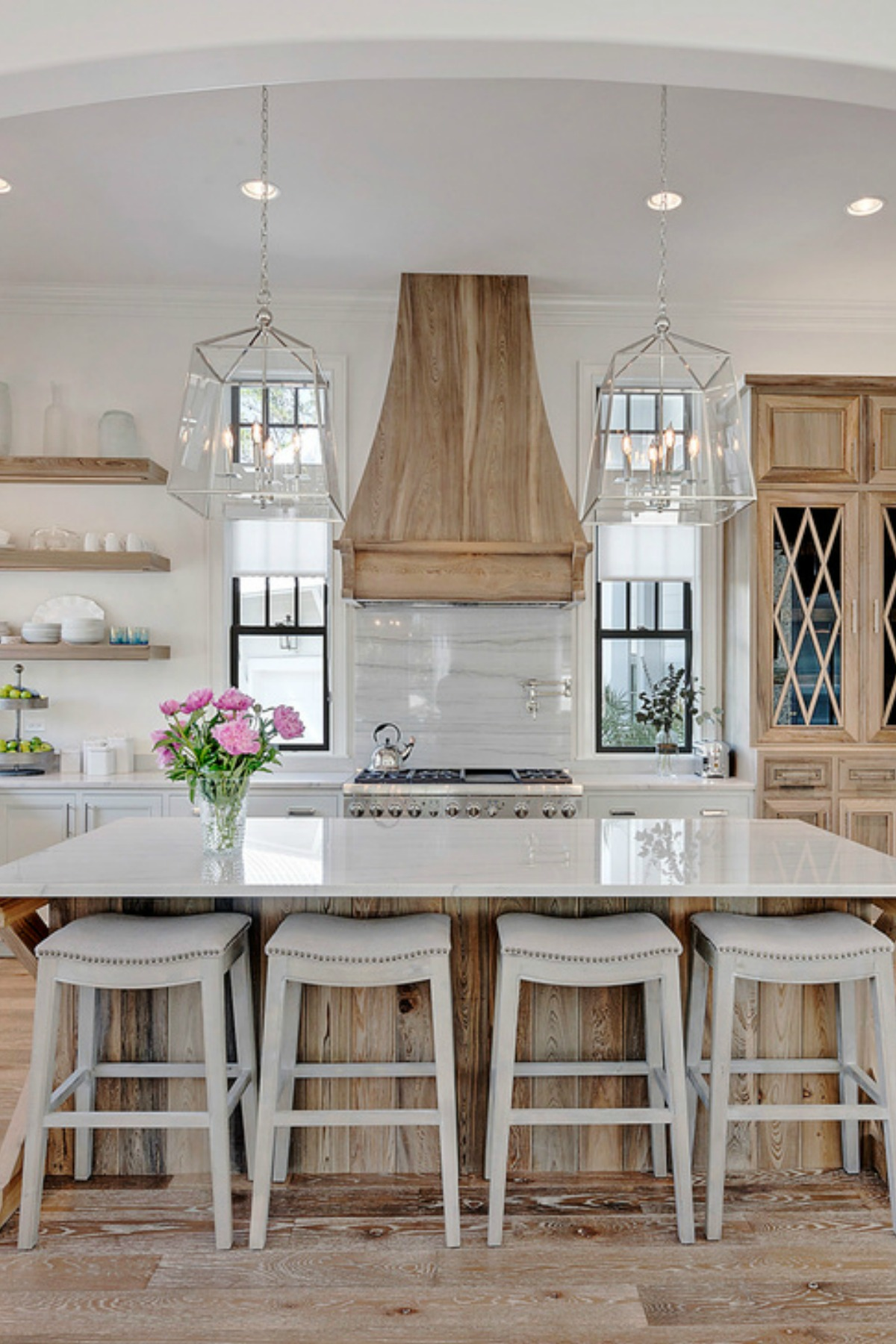 Farm House Kitchens: 7 Elements Of The Best Farmhouse Kitchens