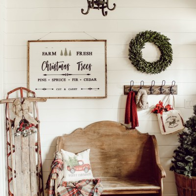 DIY Christmas Sign that Doubles for Fall