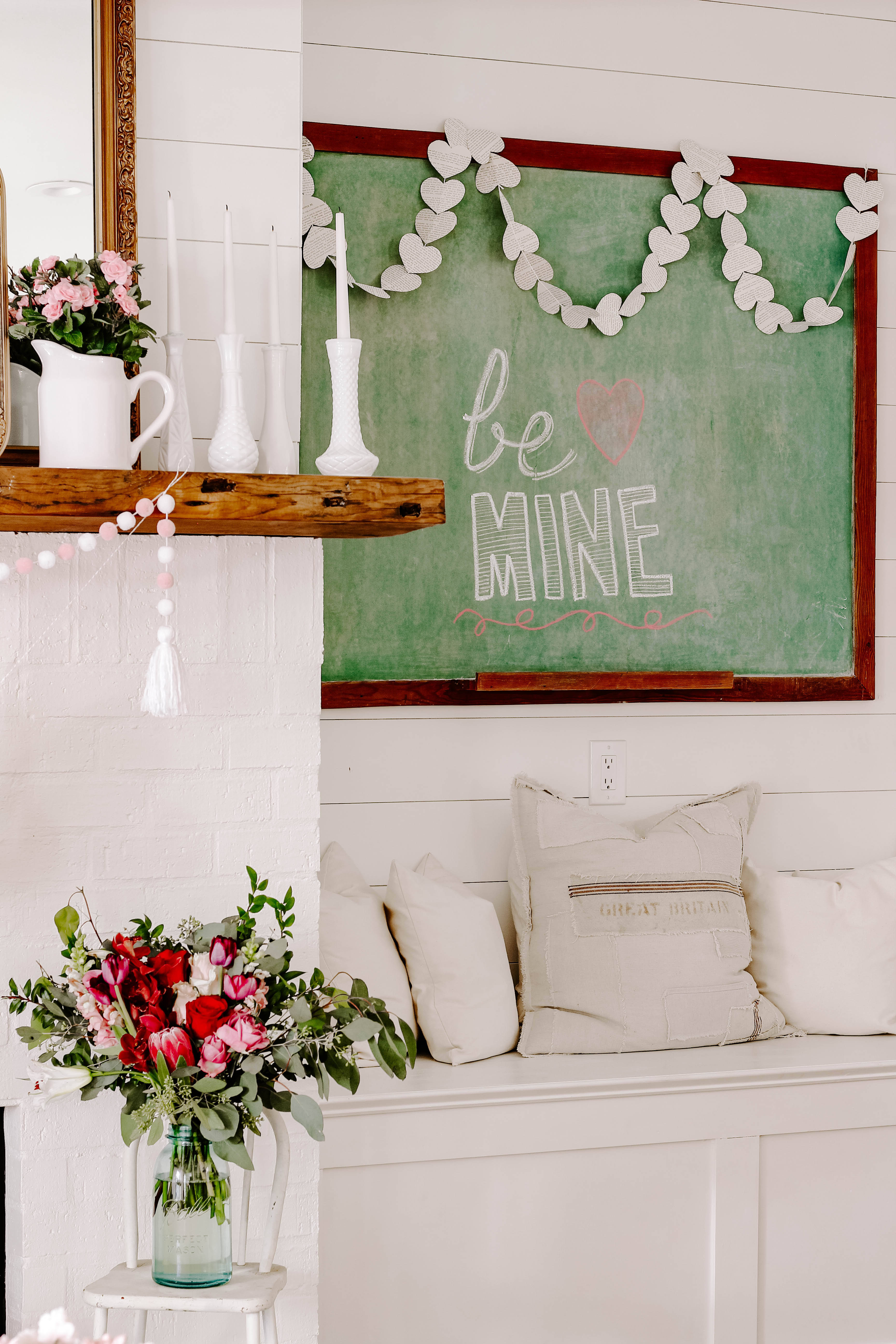 Looking for Valentine inspiration? Be inspired by lots of farmhouse and vintage valentine decor ideas to help you get started.