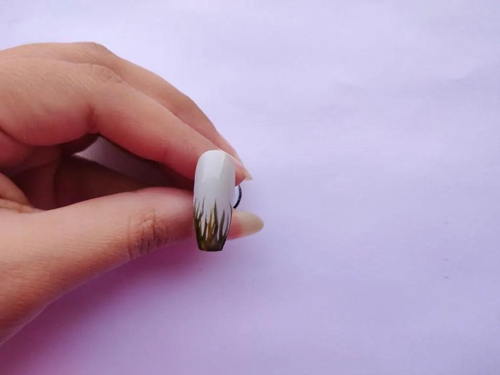 grass green nail art design