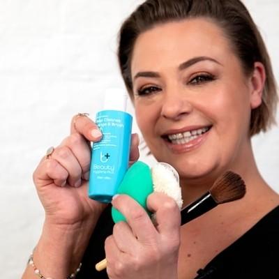 Beauty Hygiene Plus Deep Cleanse Sponge & Brush Wash