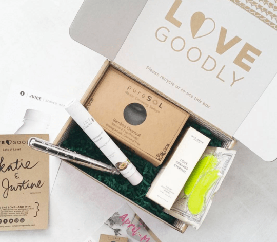 Lovegoodly - best subscription boxes - cruelty-free beauty box subscriptions - vegan beauty box - vegan subscription box - unboxing subscription box review | beautyisgf123.com