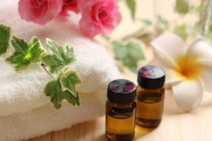 アロマセラピーをするなら、化粧水に2~3滴を…