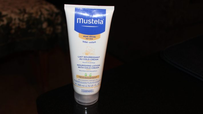 Mustela Nourishing Lotion with Cold Cream