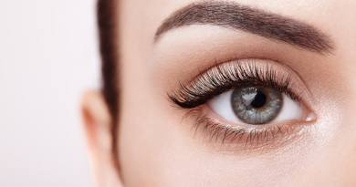 Eyelash extensions at home