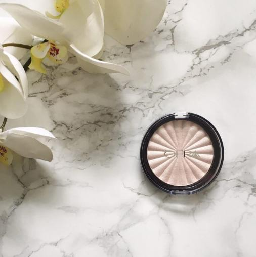 Ofra Cosmetics Pillow Talk Highlighter | Review 1