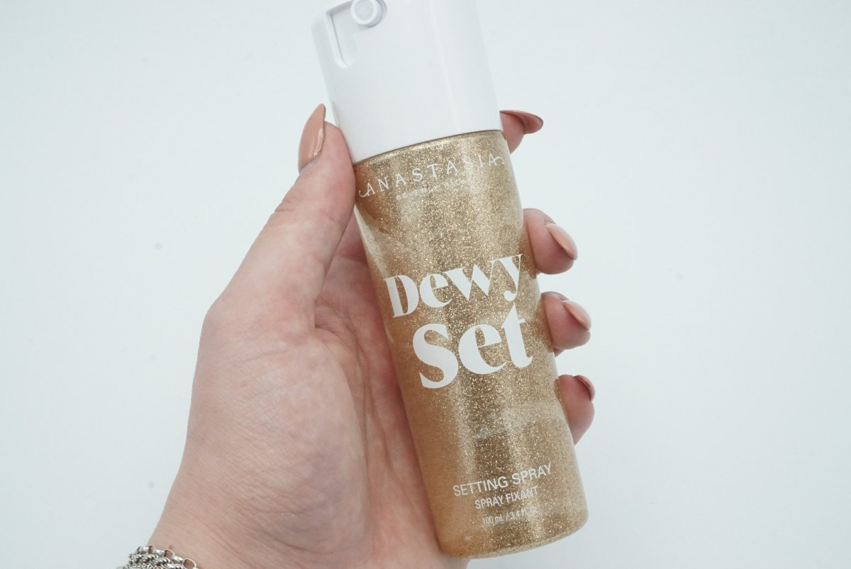 Anastasia Beverly Hills Dewy Set Setting Spray | Review