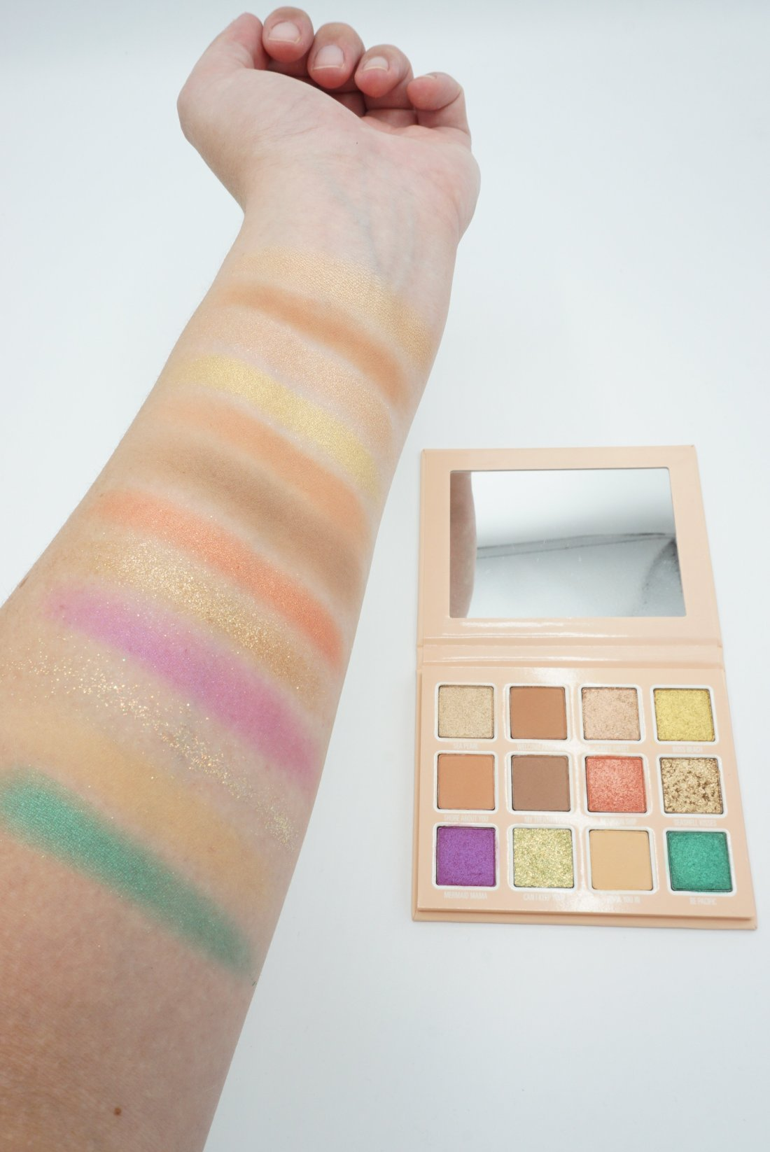 Kylie Cosmetics Summer 2019 Collection - Under The Sea Eyeshadow Palette Swatches | Review